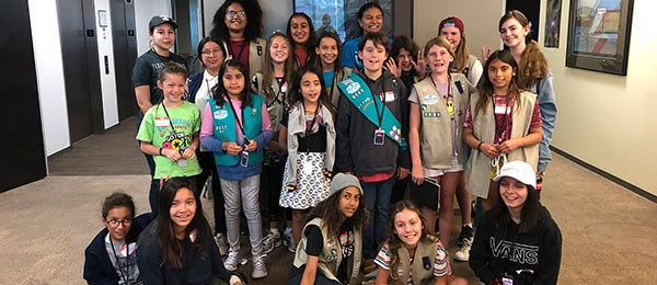 Daylight Solutions Teaches Girl Scouts About Optics